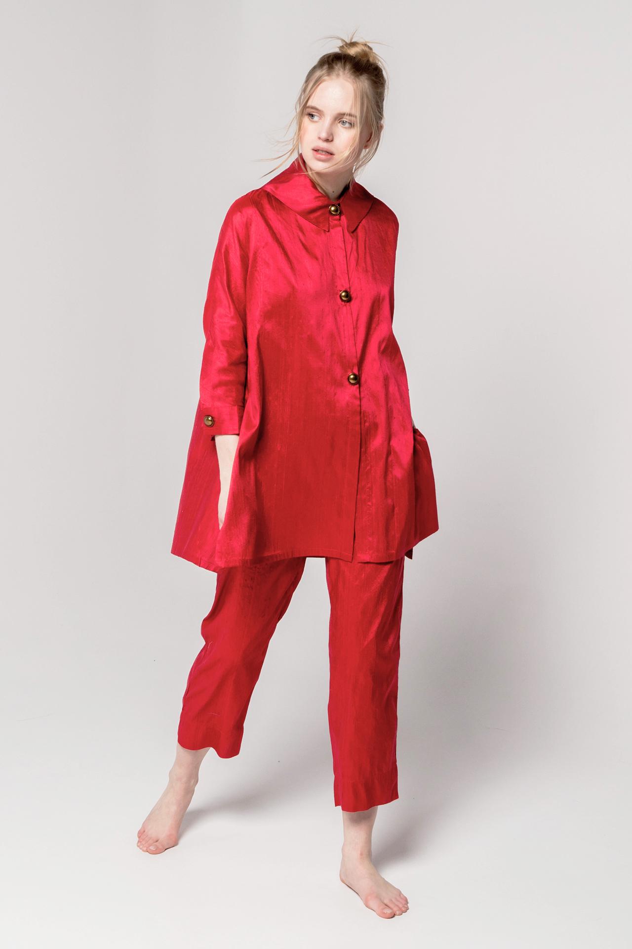 traje seda natural rojo