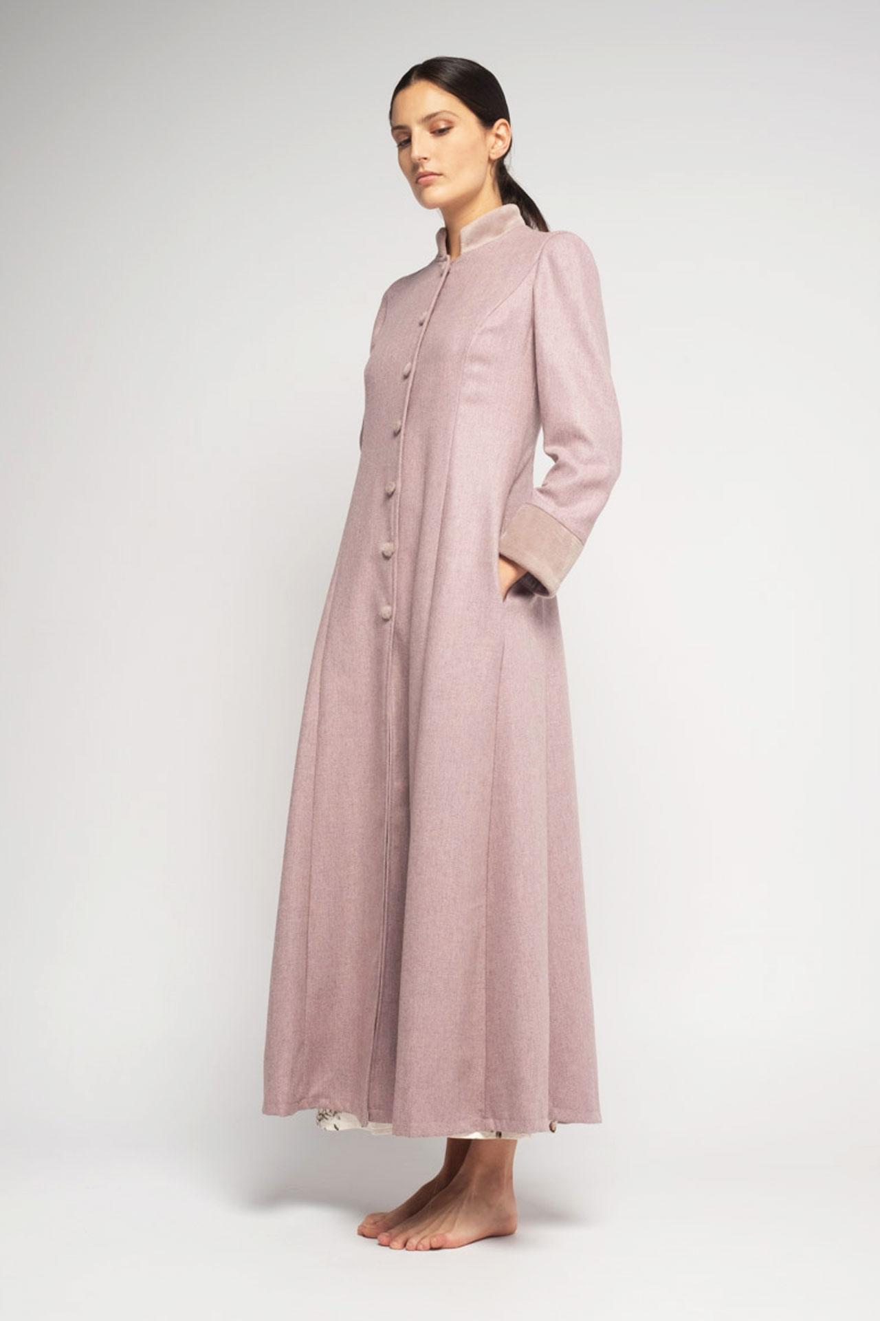 bata de lana rosa